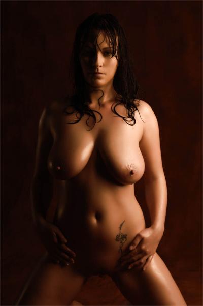 голая tania gomide фото