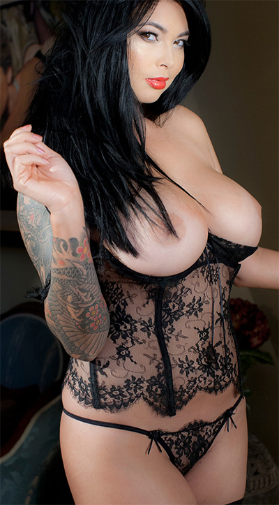 Tera Patrick Black Lace Curves StripLVGirls