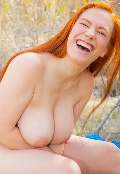 Titania Vibrant Redhead for Cosmid