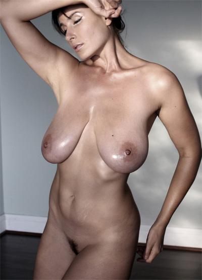 Kendra lust spread pussy