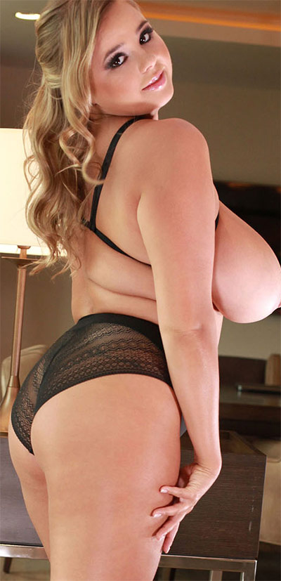 Vivian Blush First Topless