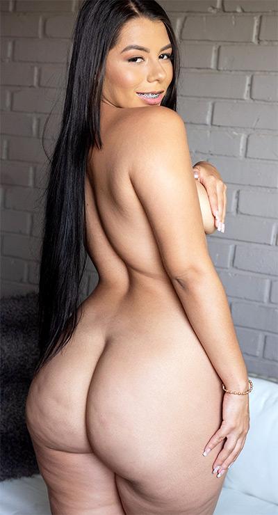 Zafiro Herrera Colombian Backside Naughty Mag