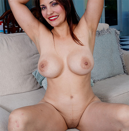 Gianna Chanel - Exotic Ladies - All Over 30