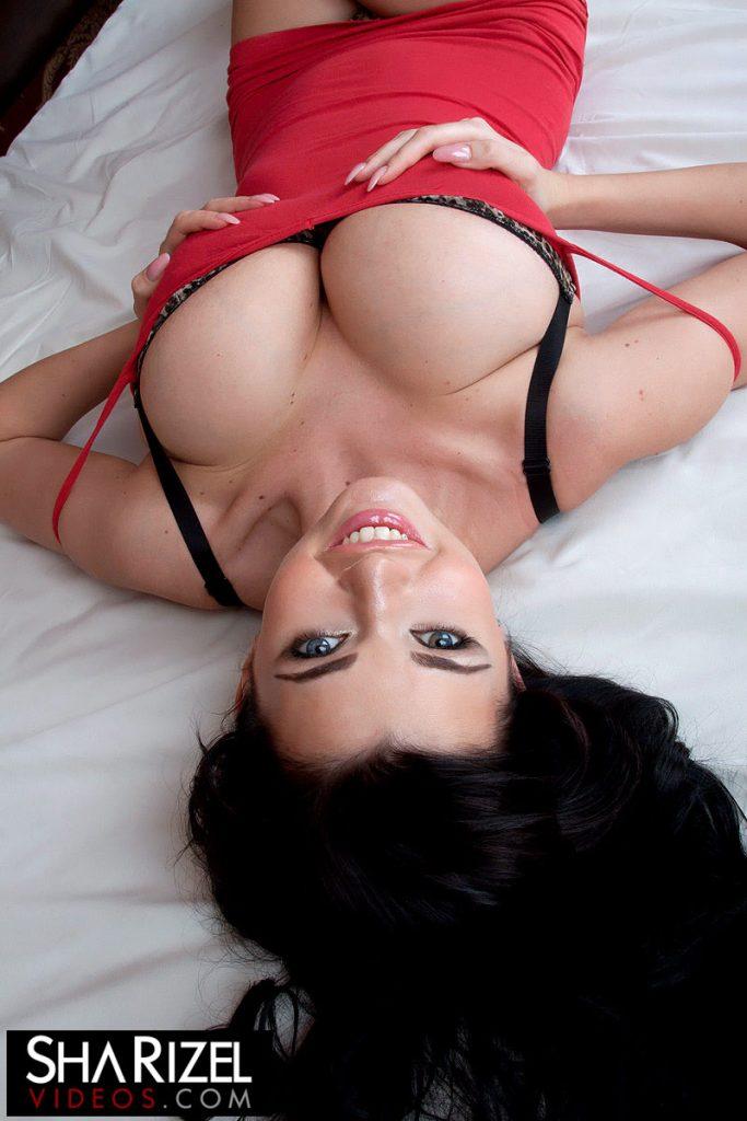 Sha Rizel Red Dress In Bed Scoreland