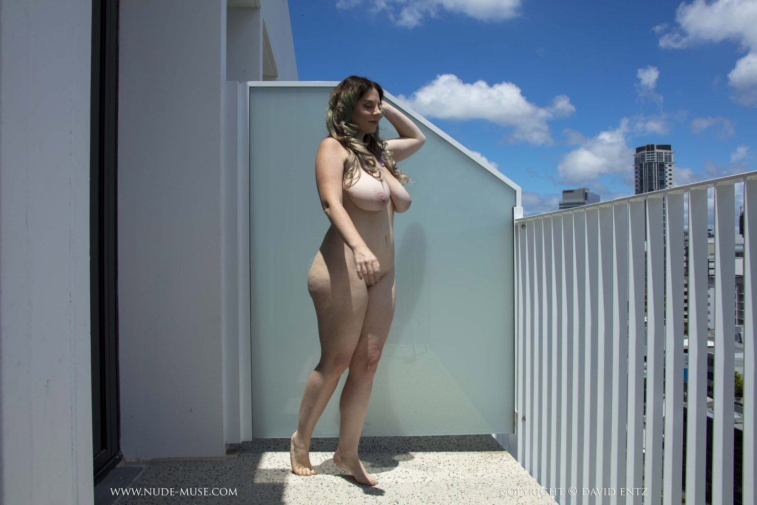 Avalon Balcony Flasher for Nude Muse - Curvy Erotic