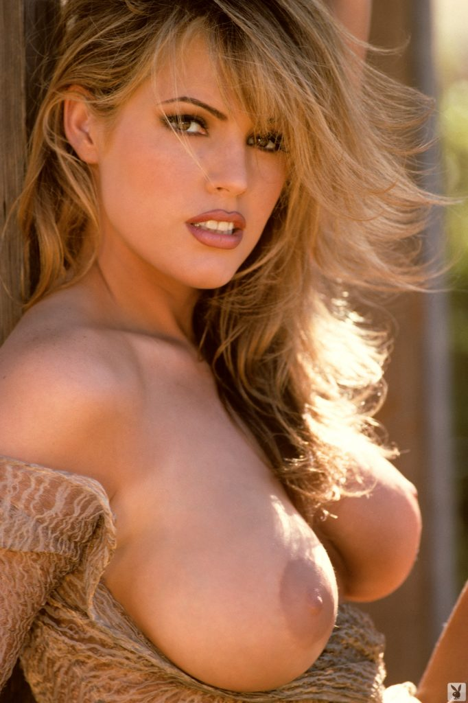 Sandra Taylor Classic Cover Model For Playboy - Curvy Erotic-9241