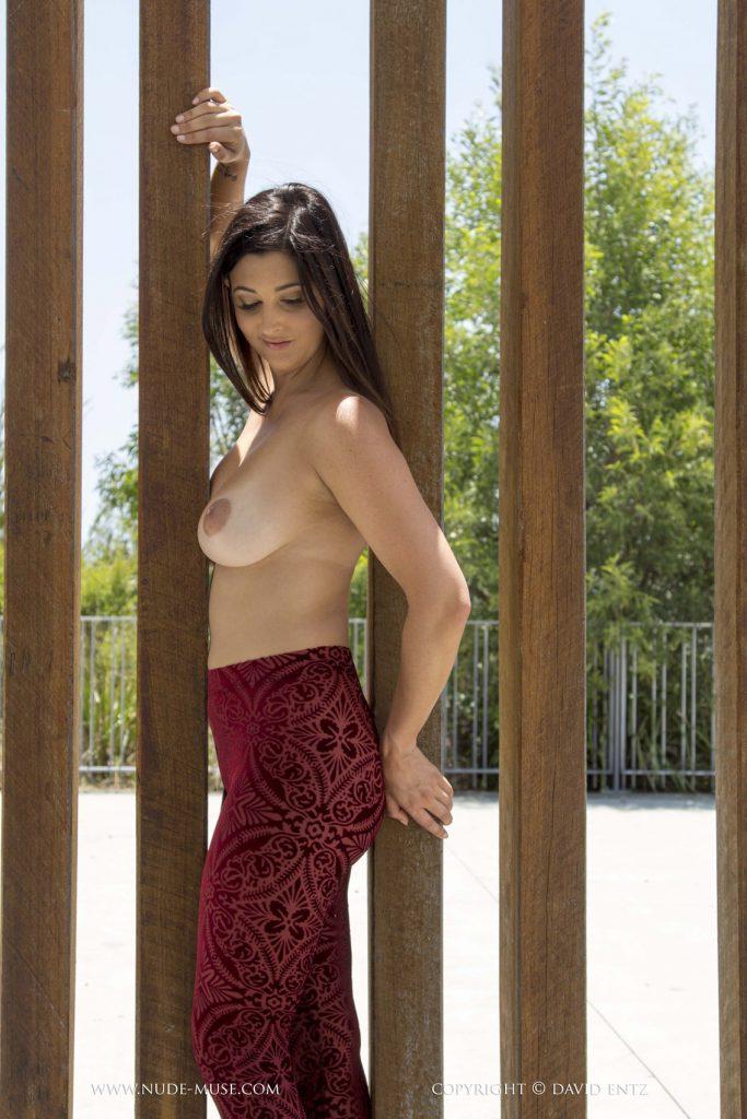 Scarlett Morgan Public Art for Nude Muse