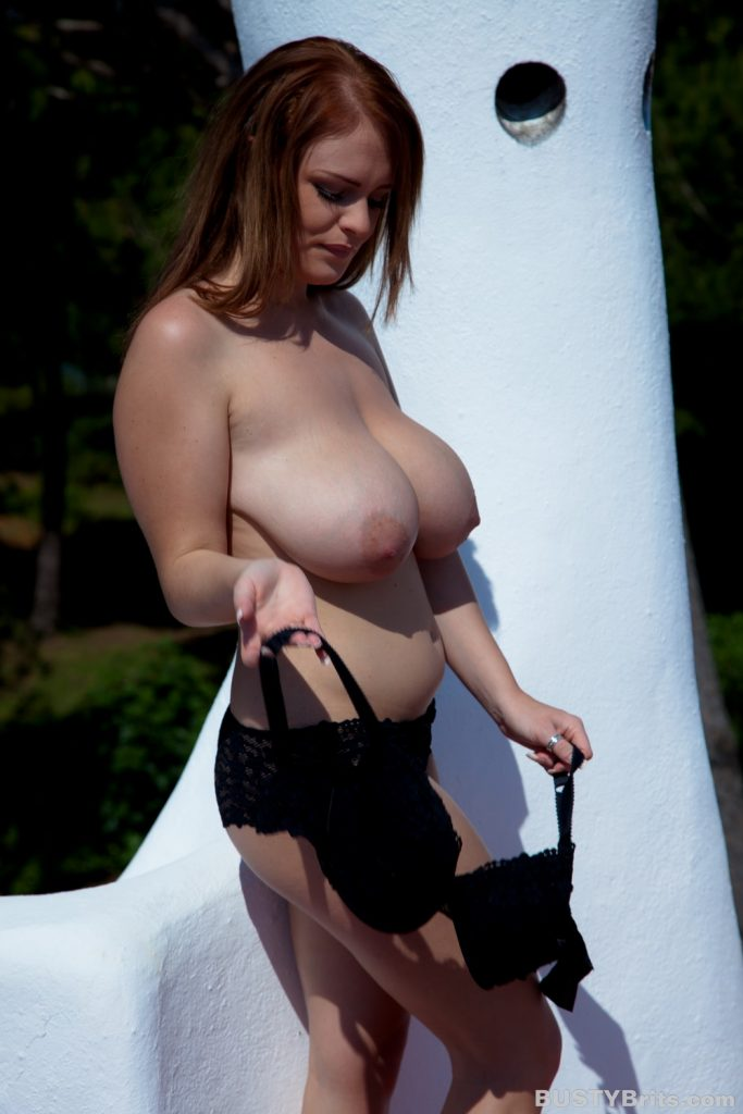 would like someone Video X Lisa Ann very sensual, naughty,slutty