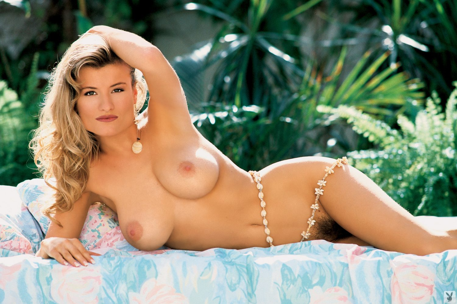 Kerri Kendall Beautiful Busty Playboy Playmate