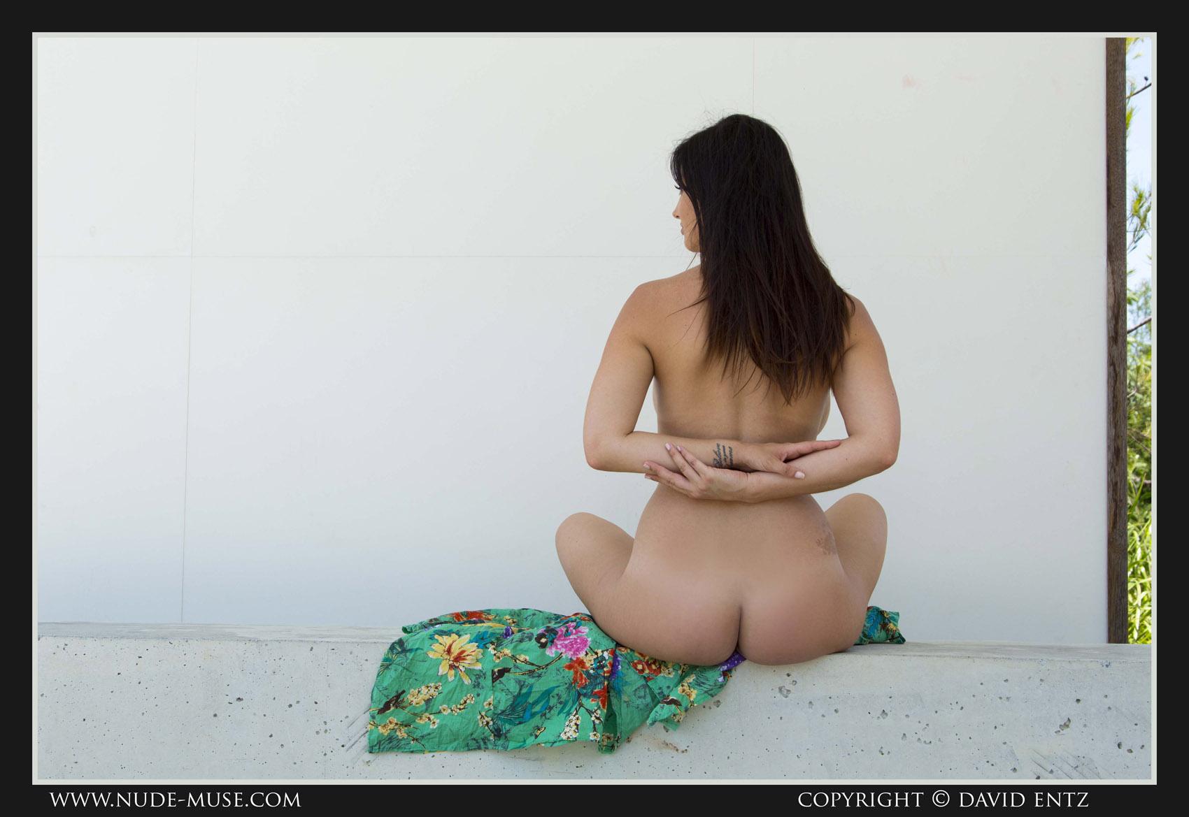 Scarlett Morgan Light Breeze for Nude Muse - Curvy Erotic