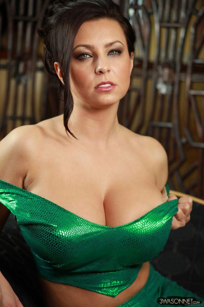 Ewa Sonnet Heavy Green Breasts