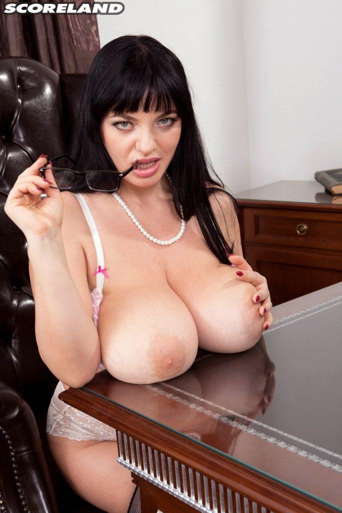 Joana Bliss Busty Secretary Gone Wild for Scoreland