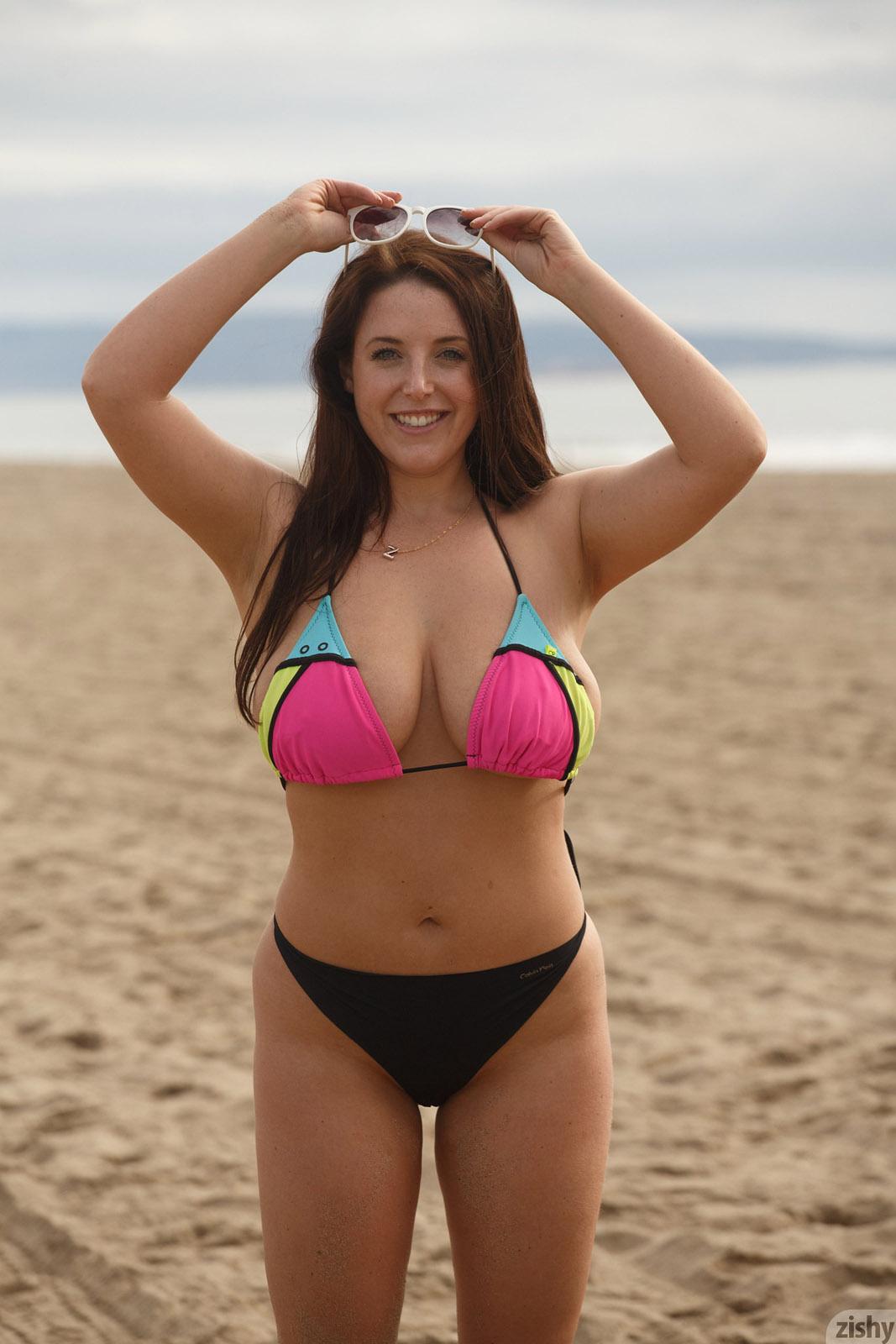 Angela White Porn Lesbian In The Beach angela white beach day flasher for zishy - curvy erotic