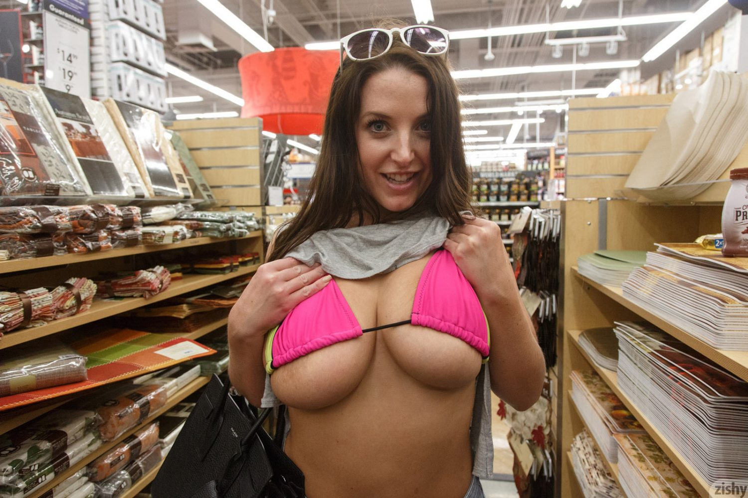 Angela White Is Going Shopping for Zishy
