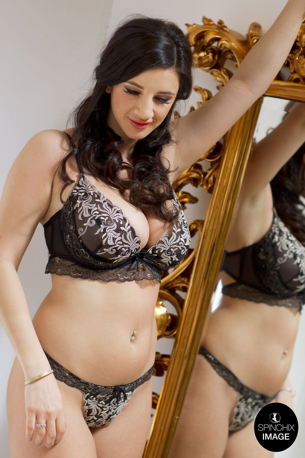 cara ruby black lace lingerie for spinchix curvy erotic