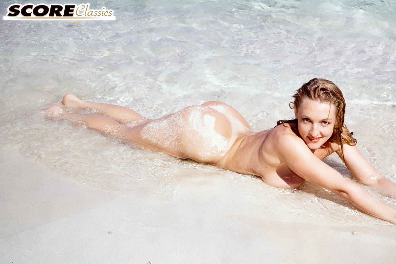 Danni Ashe Sexy Beach Bum for Score Classics