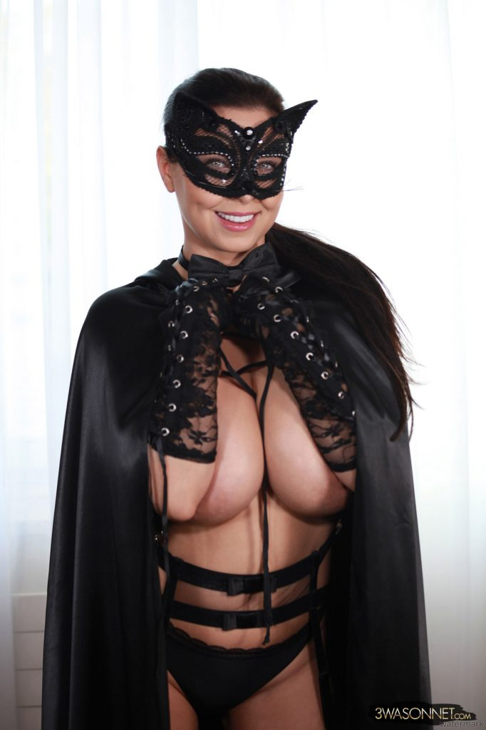 Ewa Sonnet Pussy Cat Fantasy Halloween