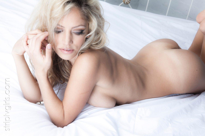 Jade Bryce Nude In Bed StripLVGirls