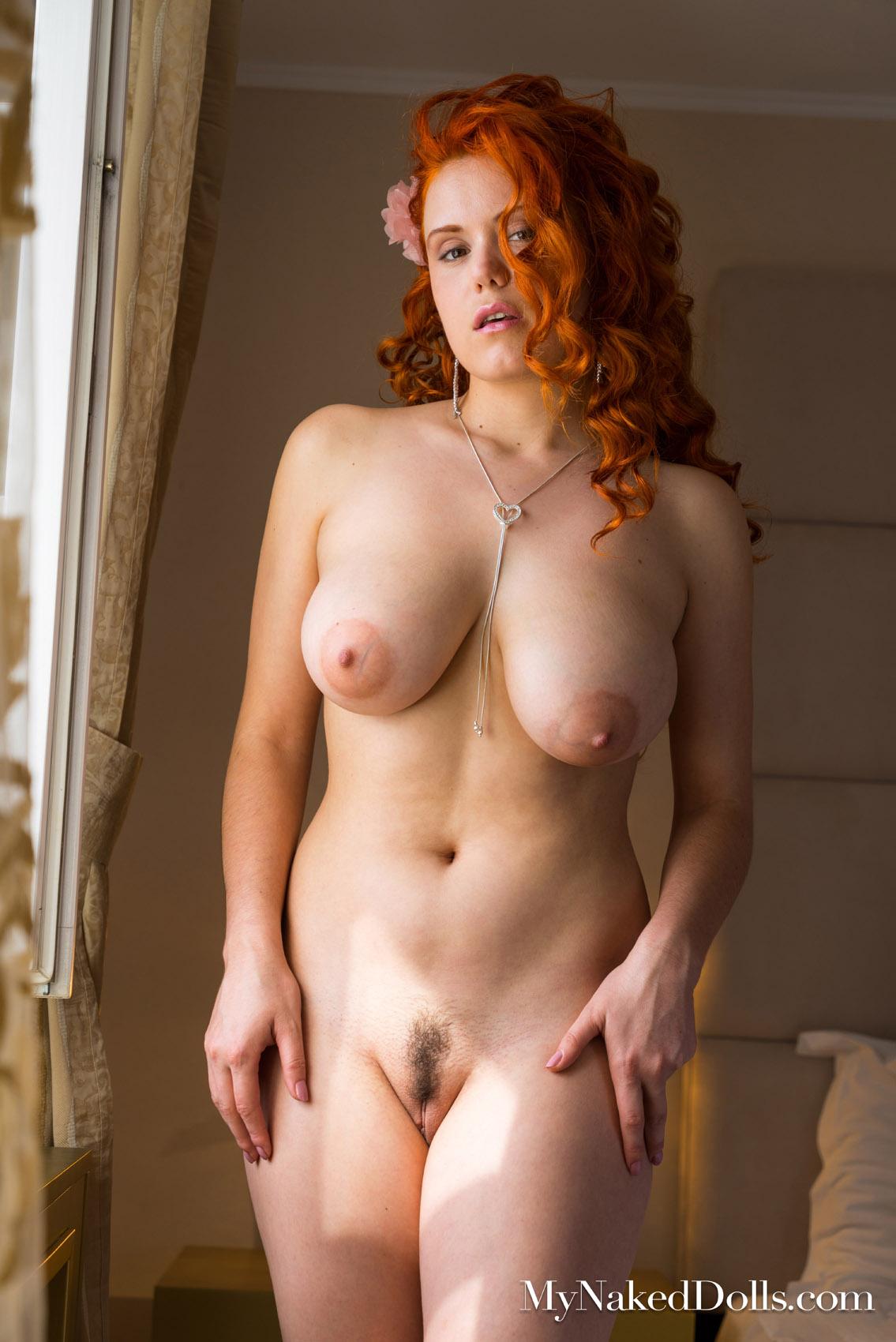 Lillith Von Titz Dream Of Me My Naked Dolls - Curvy Erotic
