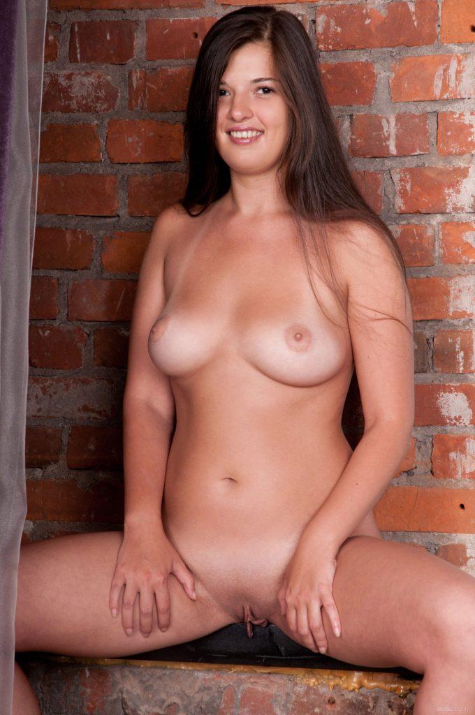 Natalya A Presenting Erotic Beauty