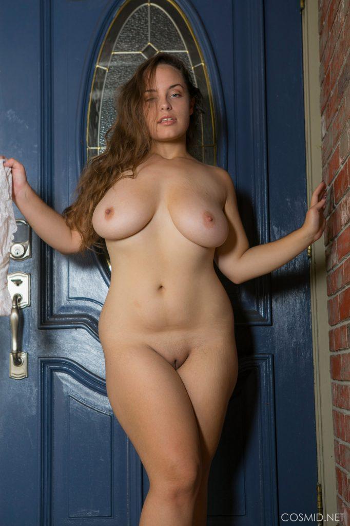 Sophie Barnes Doorway Nudes Cosmid