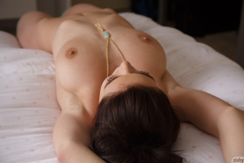 Lana Rhoades Natural Nudes Zishy