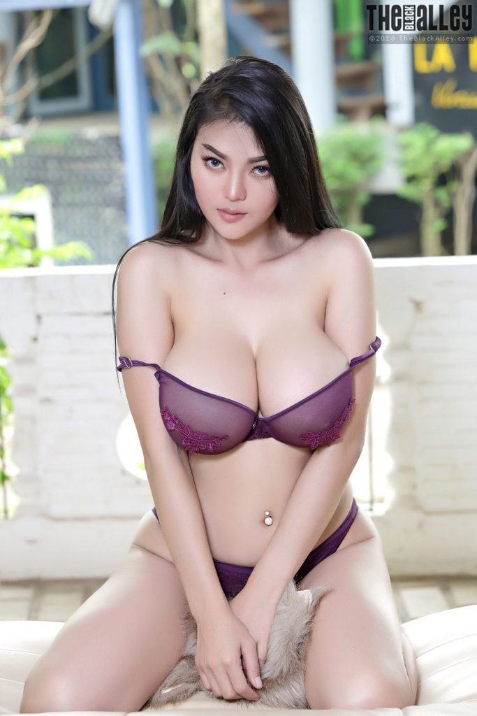 Pitta Busty Asian Beauty The Black Alley
