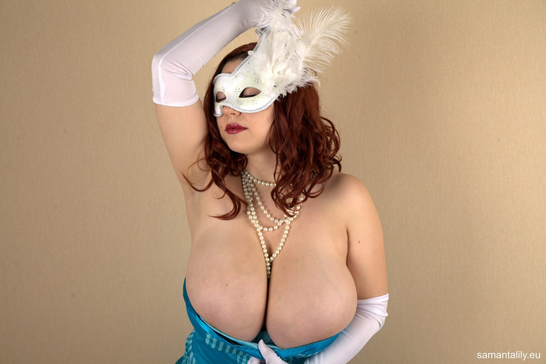 Samanta Lily Masked Stranger