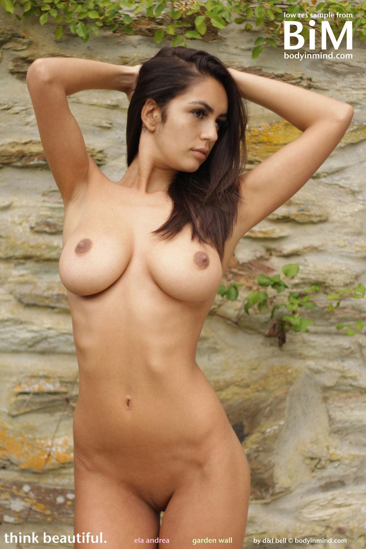 Andrea True Nude ela andrea garden wall body in mind - curvy erotic