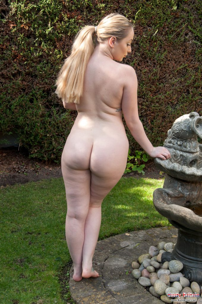 Rachel C Naturism Garden Busty Britain
