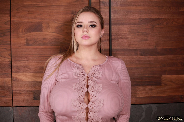 Galleries vivian blush