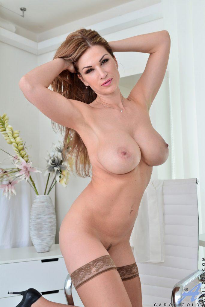 Carol Goldnerova Big Boobs Anilos