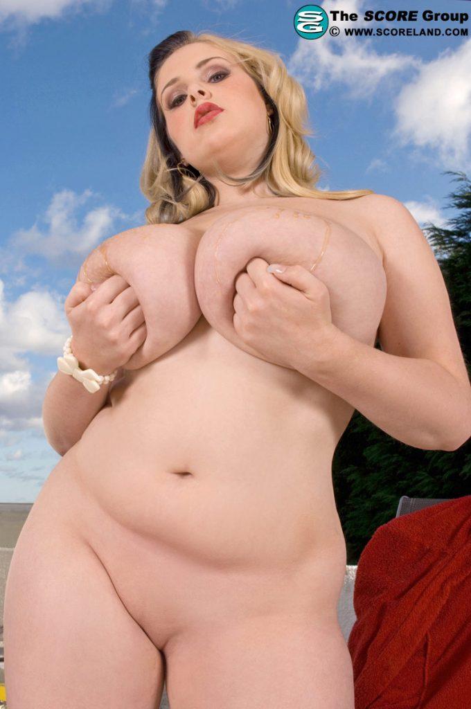 a cup bbw nude