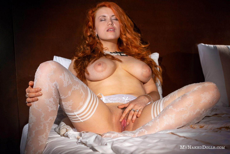 https://www.curvyerotic.com/wp-content/uploads/2018/09/lillith-von-titz-curvy-my-naked-dolls-8-1500x1001.jpg
