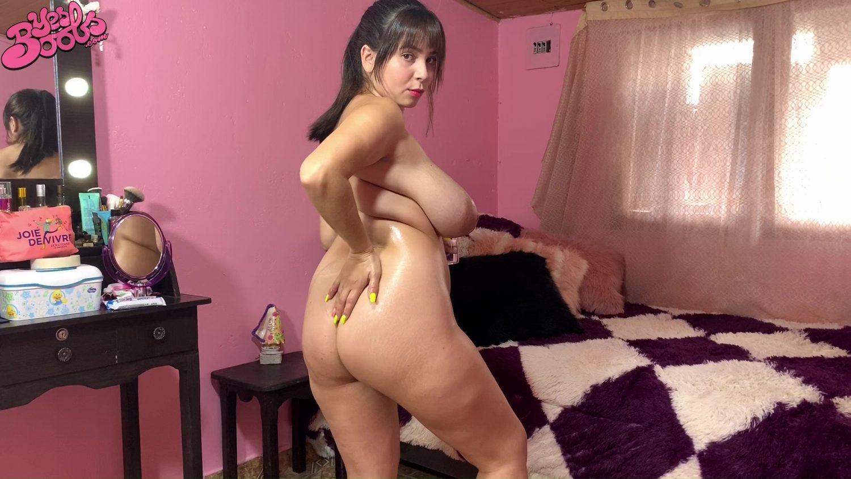 Kim Velez Oiled Curves Yes Boobs
