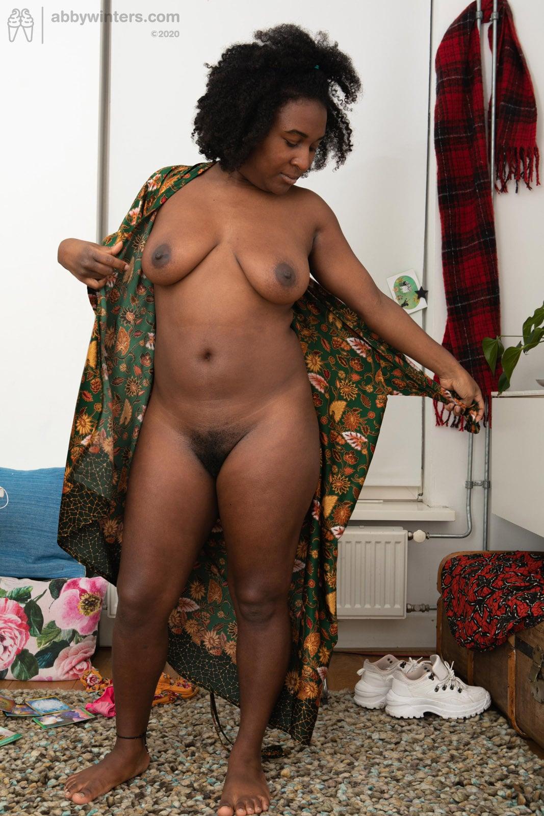 https://cdn.curvyerotic.com/wp-content/uploads/2020/10/sascha-large-breasts-abby-winters-9.jpg