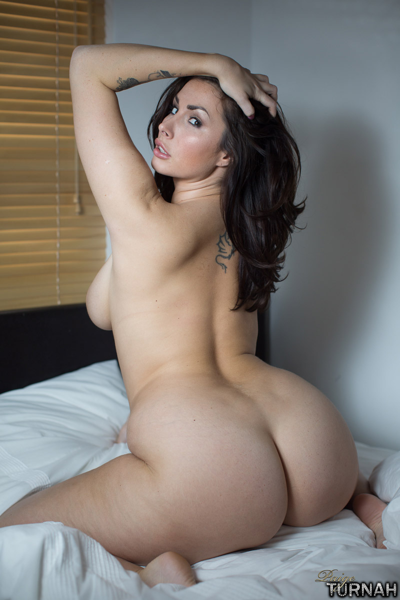 Curvy Canadian Girl With Sweet Pussy