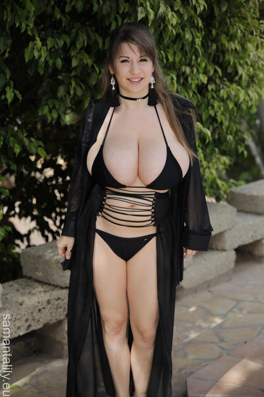 Bikini Why Do Models Pose Nude Gif
